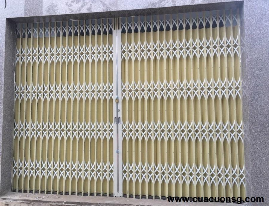 Cửa sắt kéo Đài Loan màu vàng kem hiện đại, đẹp dành cho các công trình nhà ở